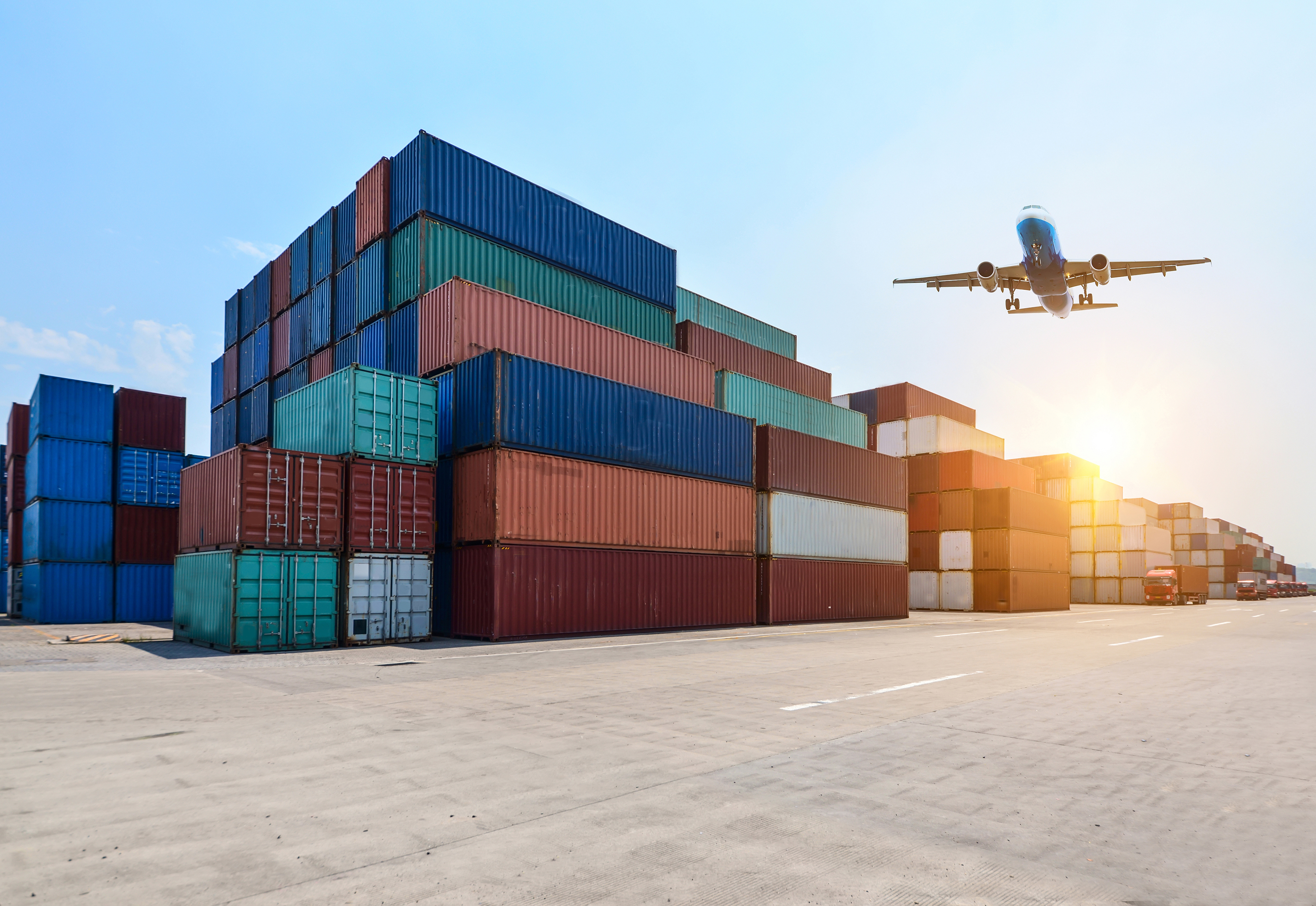 8 Crucial Factors Affecting Direct Exporting in International Business