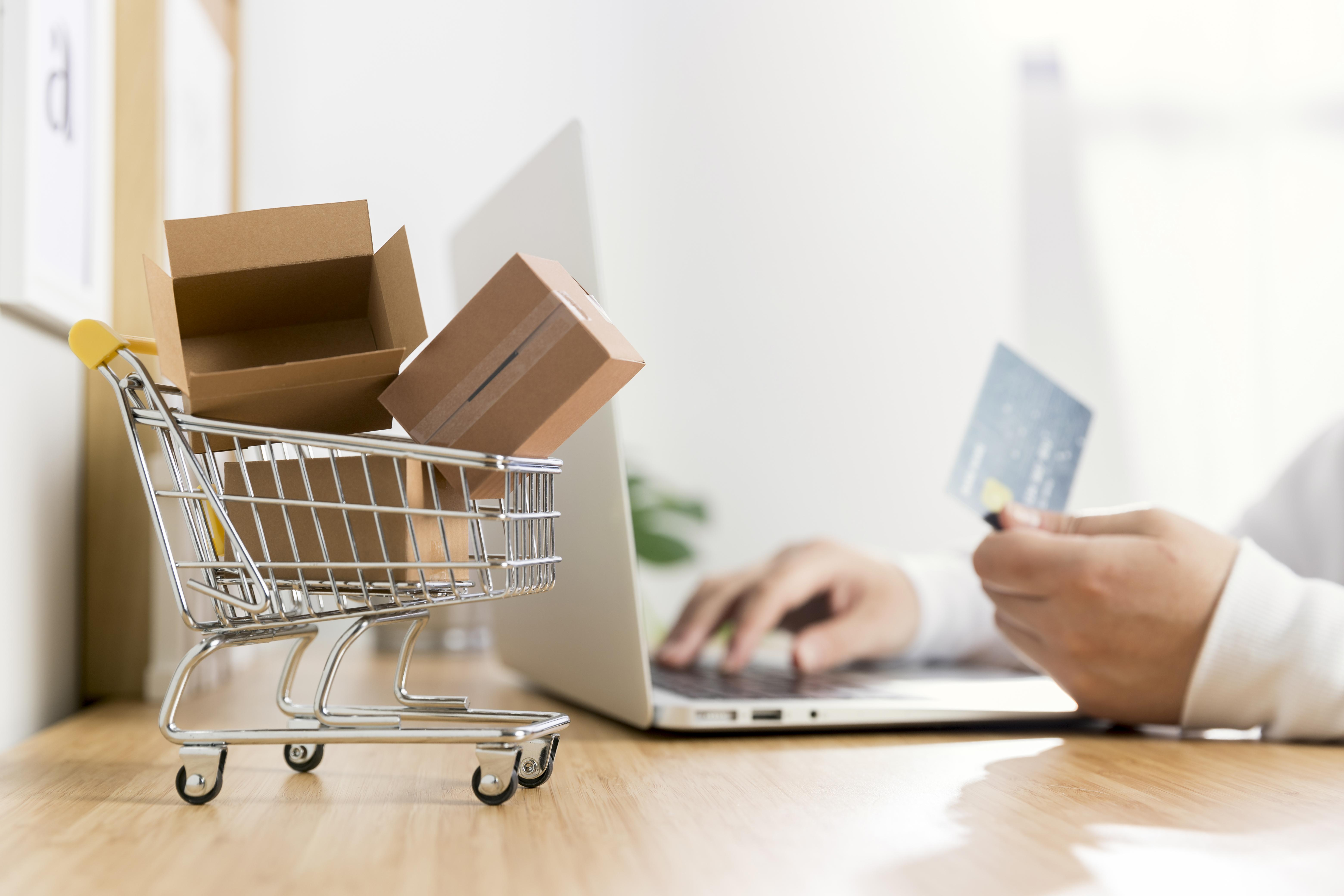 4 Must-Have Features of a Successful Online Store